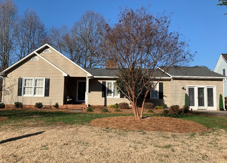 108 Thomas Drake Court Kernersville, NC 27284