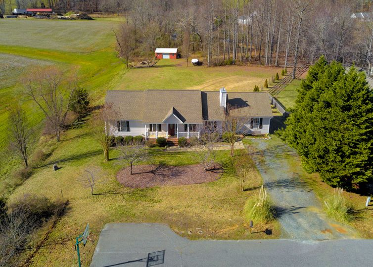 8291 Bowmandale Road Browns Summit, NC 27214