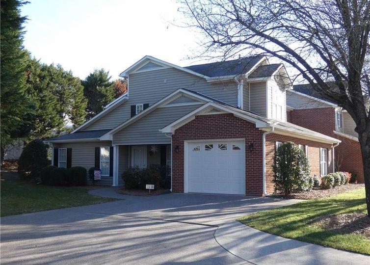 7610 Riverview Knoll Court photo #1