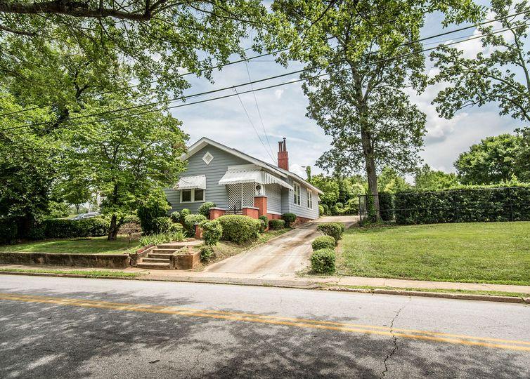 187 E Pearl Street Spartanburg, SC 29303