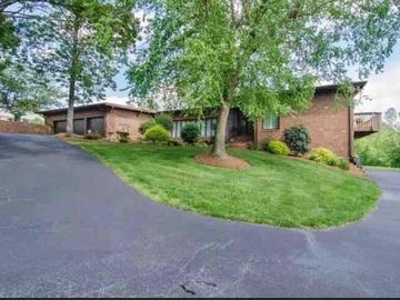 412 Cascade Drive High Point, NC 27265 - Image 1