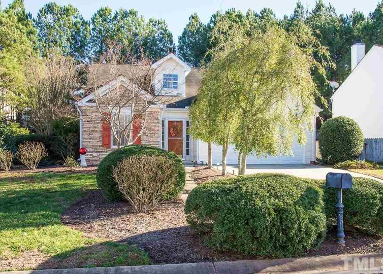 105 Westcott Court Holly Springs, NC 27540