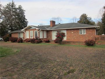 4508 Old Us Highway 421 Yadkinville, NC 27055 - Image 1