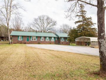 205 Dairy Farm Road Westminster, SC 29693 - Image 1