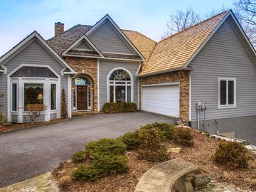 117 The Cliffs Boone, NC 28607 - Image 1