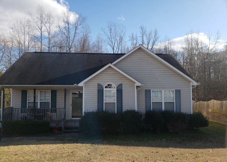 923 Londonderry Drive High Point, NC 27265