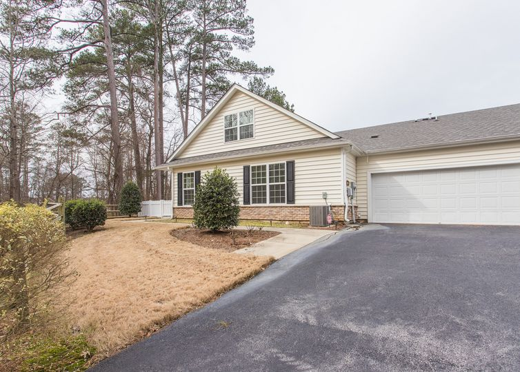 1185 Blue Bird Lane Wake Forest, NC 27587