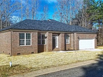 133 Ole East Pointe Road York, SC 29745 - Image 1