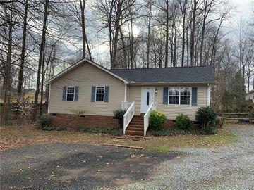 428 Fence Post Lane Matthews, NC 28105 - Image 1