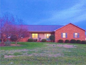 157 Meadow Oaks Drive Statesville, NC 28625 - Image 1