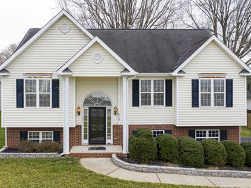 615 Wallridge Drive Winston Salem, NC 27106 - Image 1