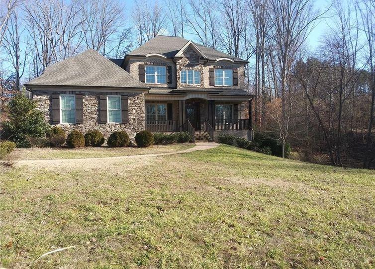 8002 Rogers Court Greensboro, NC 27455