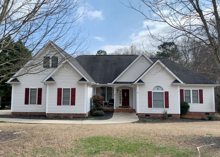 126 Red Maple Circle Easley, SC 29642