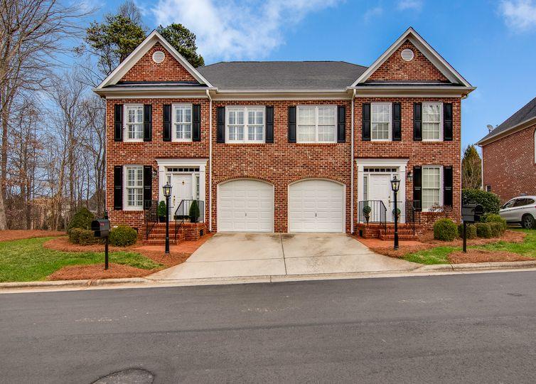 12 Dutchmans Pipe Cove Greensboro, NC 27455