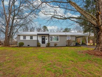117 Queensbury Road Winston Salem, NC 27104 - Image 1