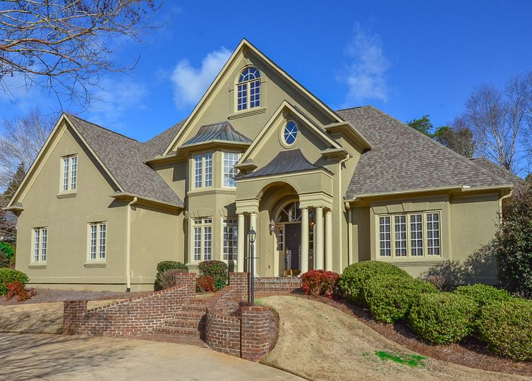 374 Hidden Creek Circle Spartanburg, SC 29306