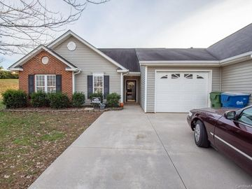 120 Edinburgh Court Mount Holly, NC 28120 - Image 1