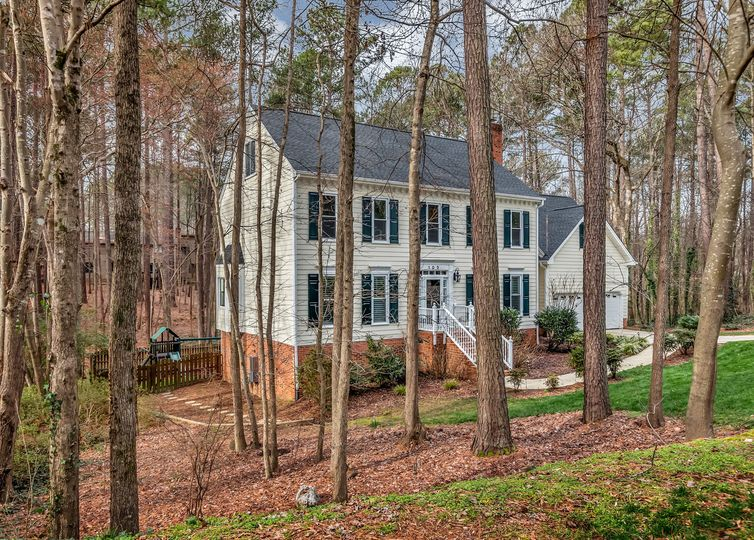 103 King Henry Court Cary, NC 27511