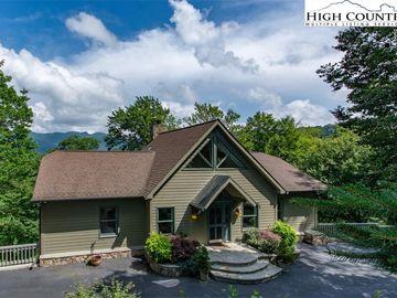 274 Highland Circle Sugar Mountain, NC 28604 - Image 1