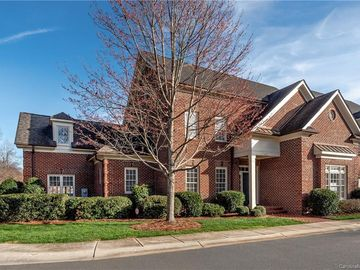 4921 Park Phillips Court Charlotte, NC 28210 - Image 1
