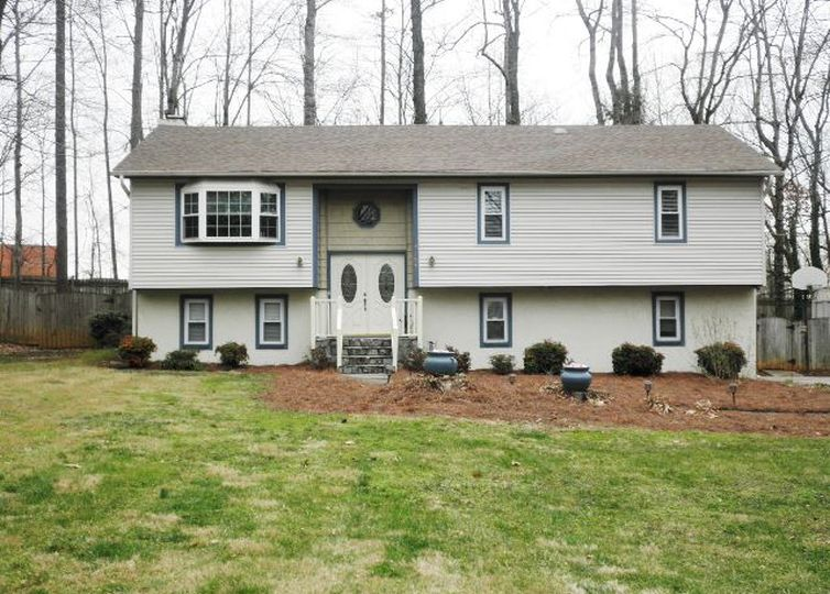 3107 Harper Road Clemmons, NC 27012