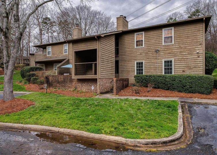 3929 Colony Crossing Drive Charlotte, NC 28226