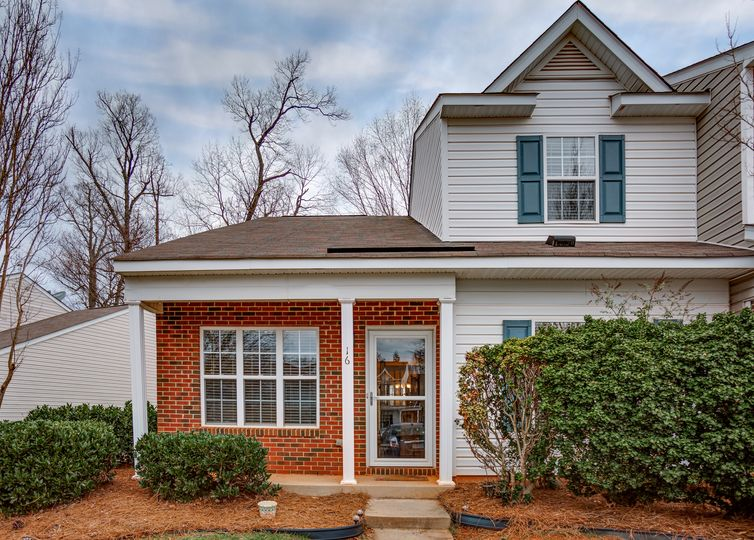 16 Sidney Marie Court Greensboro, NC 27407