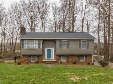 5908 Cutters Creek Court Pfafftown, NC 27040 - Image 1