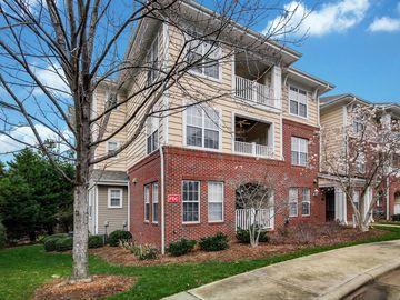 431 Glencrest Place Chapel Hill, NC 27514 - Image 1