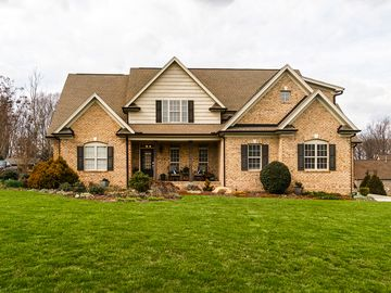 5727 Mabe Drive Oak Ridge, NC 27310 - Image 1