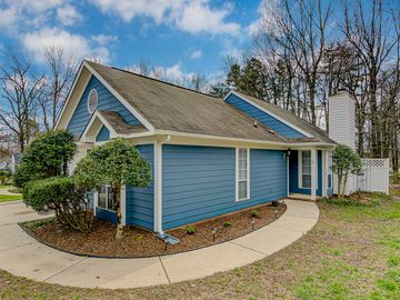 6 Pipers Glen Court Greensboro, NC 27406 - Image 1