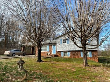 137 Windy Hill Road Statesville, NC 28625 - Image 1