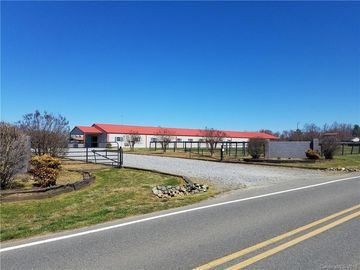 810 Flint Hill Road Cherryville, NC 28021 - Image 1