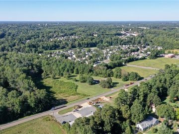 844 Oakridge Farm Highway Mooresville, NC 28115 - Image 1