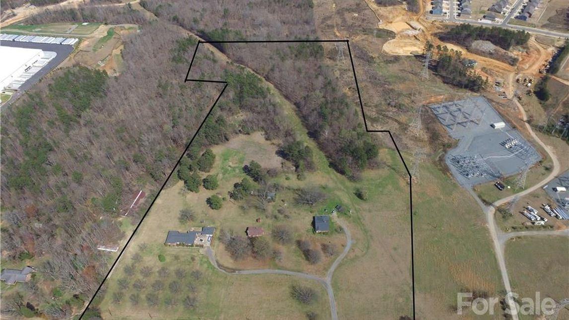 12218 Old Statesville Road Huntersville, NC 28078