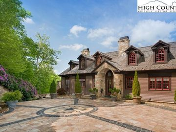 164 Mountain View Road Linville, NC 28646 - Image 1