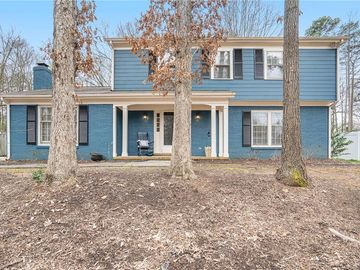 822 Winter Wood Drive Matthews, NC 28105 - Image 1