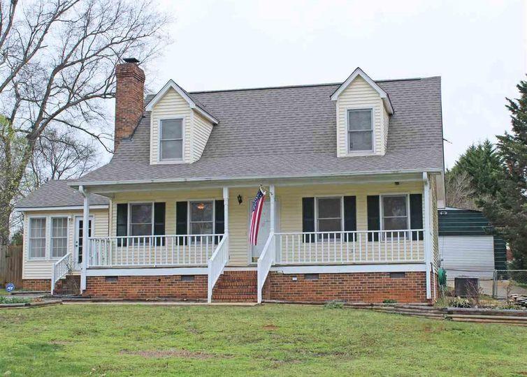 105 Dogwood Court Piedmont, SC 29673