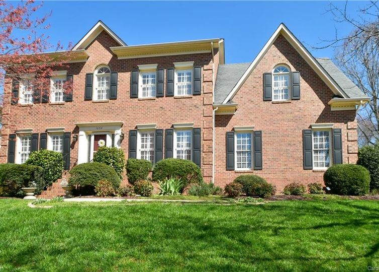 10514 Oak Pond Circle Charlotte, NC 28277
