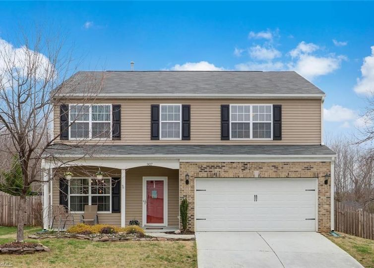 907 Redland Drive Mcleansville, NC 27301