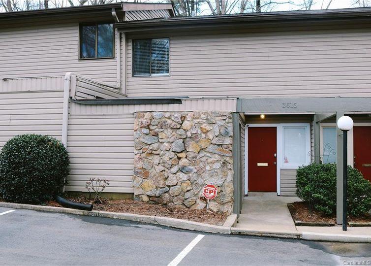 3615 Maple Glen Lane UNIT 3615 BLD 17 U/F 4 Charlotte, NC 28226
