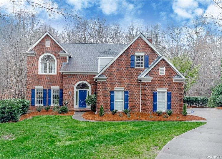 10406 Providence Arbours Drive Charlotte, NC 28270