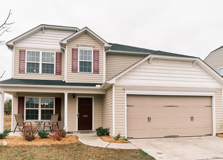 5202 Sky Hill Drive Mcleansville, NC 27301