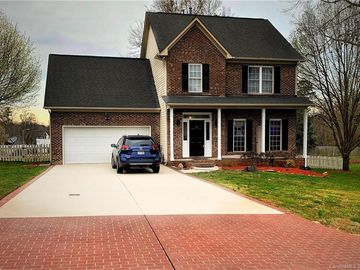 1101 Sunnyfield Court Dallas, NC 28034 - Image 1