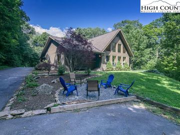 126 Rock Ledge Lane Sugar Mountain, NC 28604 - Image 1