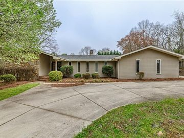 200 Stonegate Court Easley, SC 29642 - Image 1