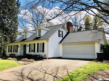 2506 Heritage Circle Statesville, NC 28625 - Image 1