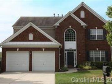 10820 Fountaingrove Drive Charlotte, NC 28262 - Image 1