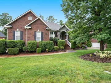 333 Killian Court Matthews, NC 28104 - Image 1