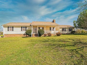 116 Flatwood Road Hodges, SC 29653 - Image 1